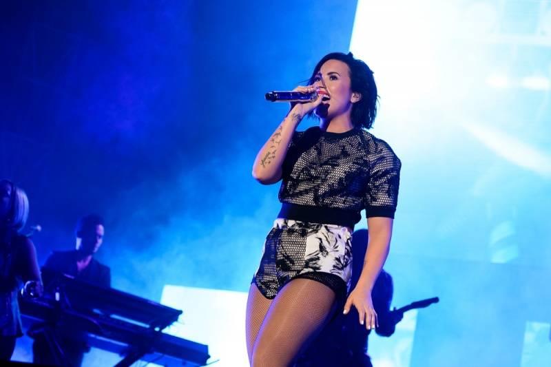 Demi Lovato celebró sus 6 meses de sobriedad junto a sus seres queridos