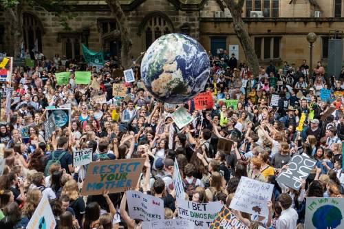 """""""Huelga climática"""" fue elegida como la expresión del año"""