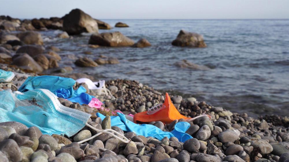 El coronavirus disparó la pandemia de los residuos plásticos en todo el mundo
