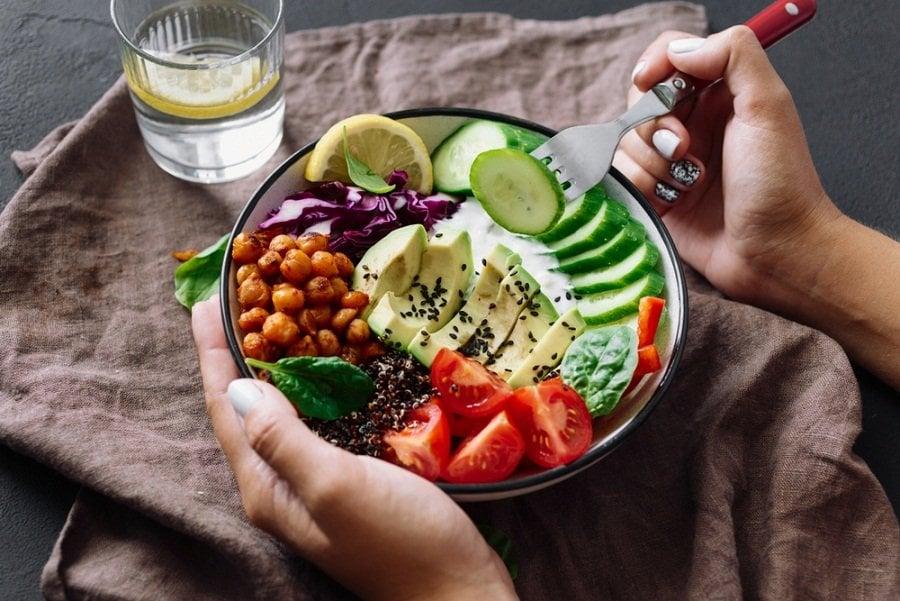 comida sana ensalada