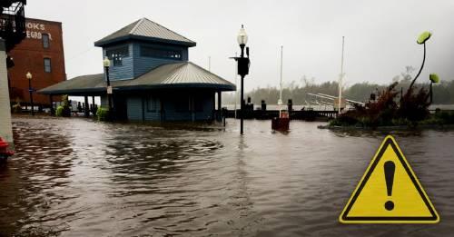 El huracán Florence inunda Carolina del Norte de desechos tóxicos