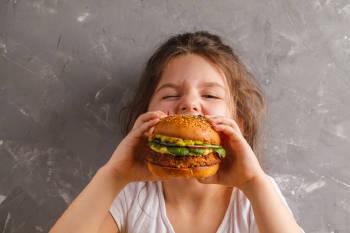 nina hamburguesa lentejas