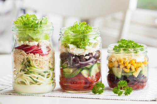 Ideas sencillas para darle una nueva vida a los frascos de vidrio