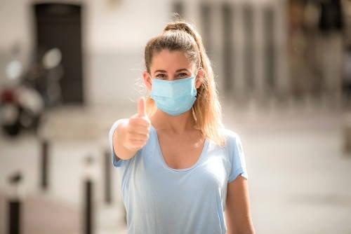 ¿Las personas pueden dejar de usar mascarillas al ser vacunadas contra el Covid-19?