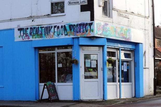 Esta cafetería alimentó a 10.000 personas con comida recuperada