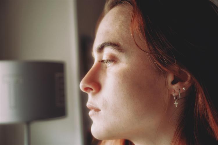 como curar una oreja infectada por un arete