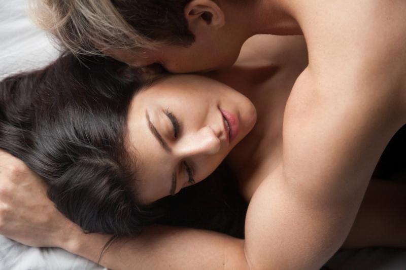 fuerte pareja sexo viene trasero