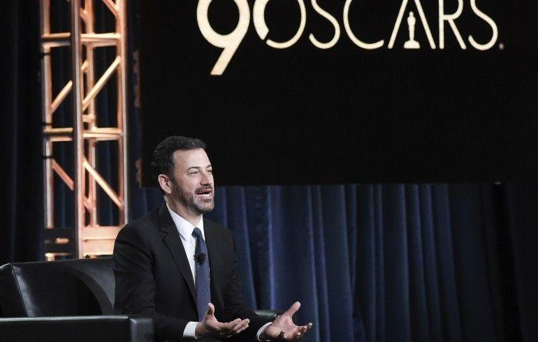 Jimmy Kimmel presentó la noche con sus particulares monologos en defensa de los derechos de las mujeres