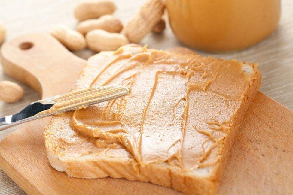 como hacer mantequilla de maní casera-