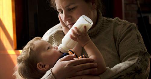 Cómo conservar la leche materna por más tiempo