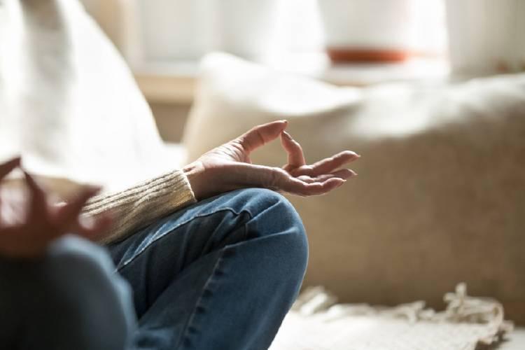 meditar yoga