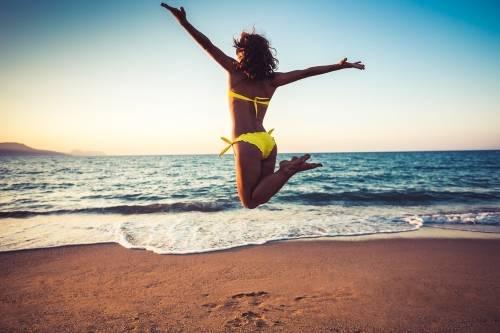 Los científicos explican cómo visitar la playa rejuvenece la mente y el cuerpo