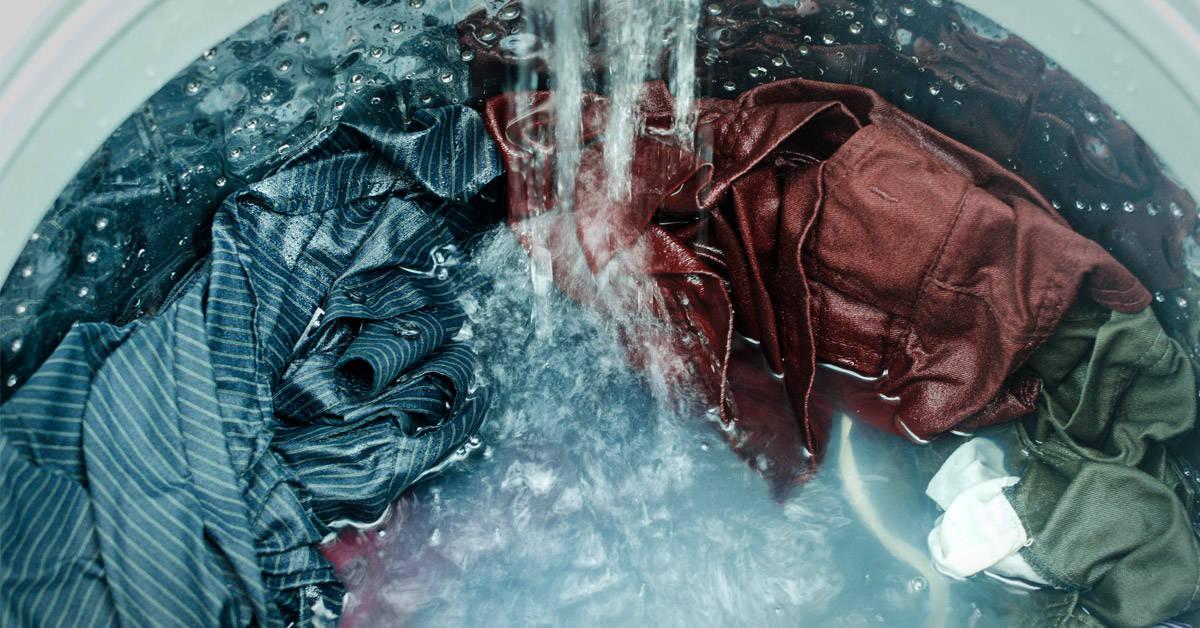 Por qué el ciclo de lavado delicado es el más contaminante