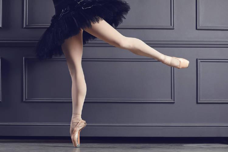 Las piernas de una bailarina