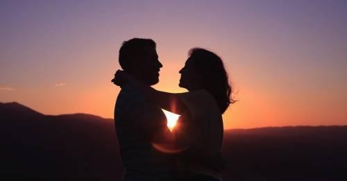 Las 17 frases más profundas de filósofos y filósofas sobre el amor