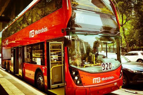 Así es el primer metrobús 100% eléctrico que ya recorre las calles México