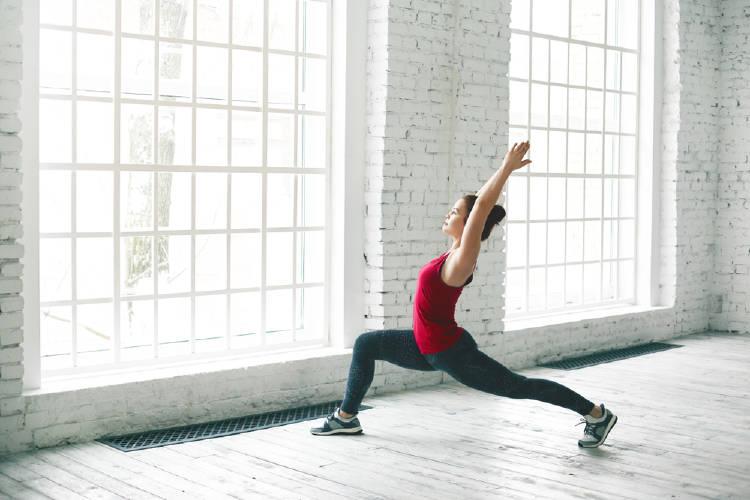 postura del corredor yoga
