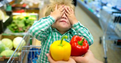 Argumentos ingeniosos para lograr que los niños coman más frutas y vegetales