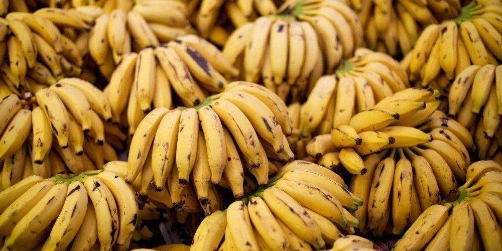 La 'Dieta del plátano' consiste en desayunar solo una plátano y un vaso de agua tibia