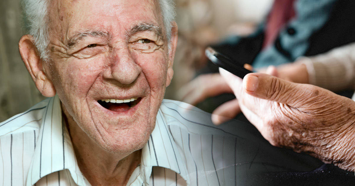 Este abuelo se animó a ir en busca de su primer amor... ¡por Facebook!
