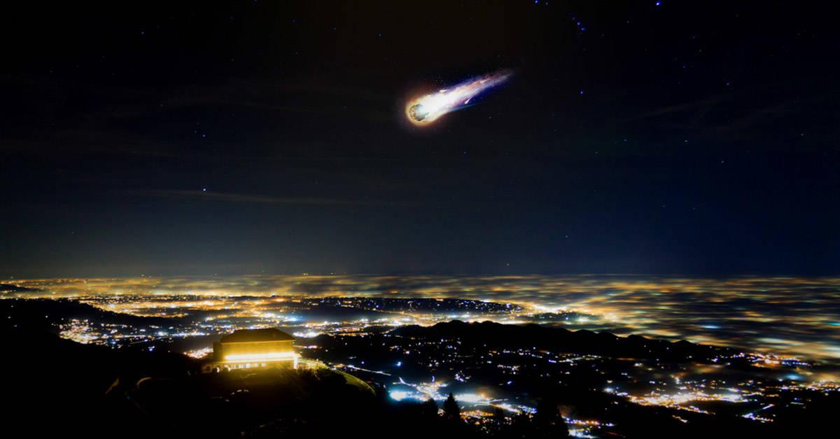 Misteriosa bola de fuego ilumina el cielo de varias ciudades de Estados Unidos