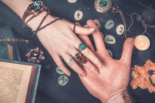 Línea de la vida en la mano: descubre qué tiene para decir y cómo puedes leerla