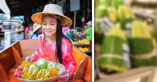Supermercado tailandés envuelve comida en hojas de plátano