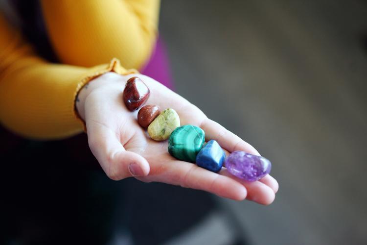 Chakras colores y piedras
