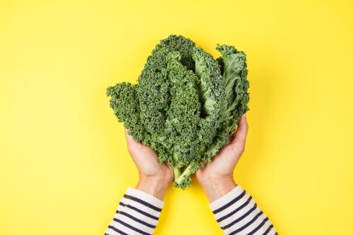 Kale: ¿cuáles son sus propiedades y cómo puedes incluirlo en tu dieta?