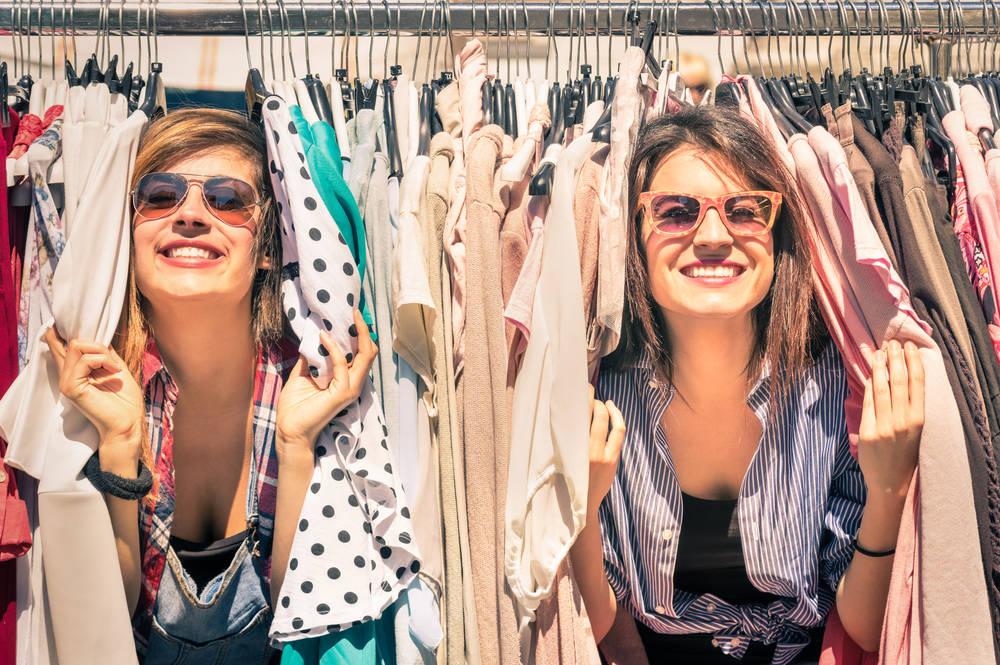 Falsos mitos sobre la ropa usada que es necesario derribar