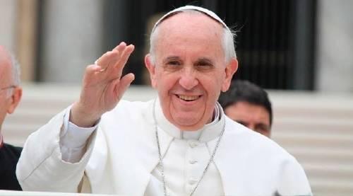"""Así es el nuevo \""""Papamóvil sustentable\"""" del Papa Francisco"""
