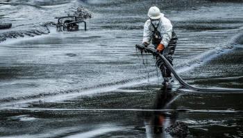 derrame petrolero petroleo playa