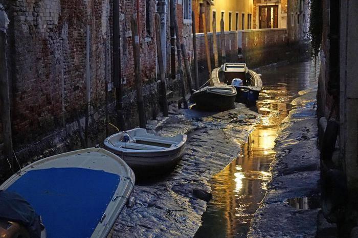 Venecia: luego de las terribles inundaciones, se encuentra sin agua