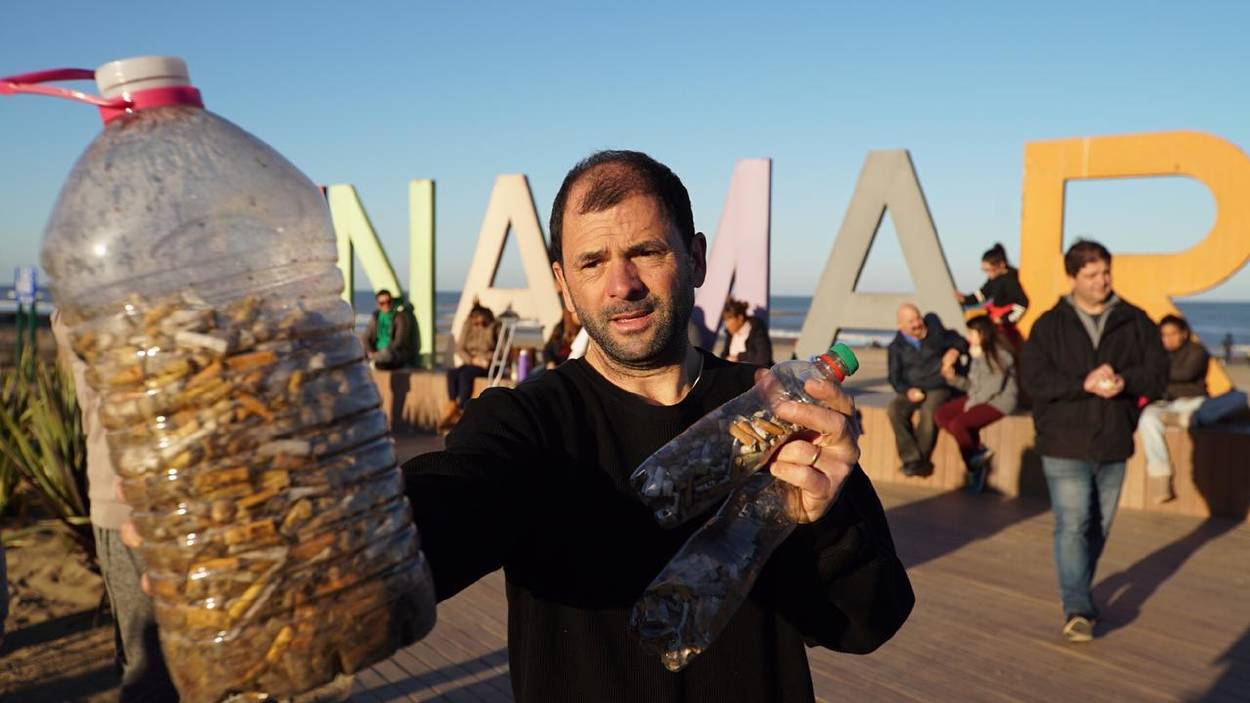 Gastón Caminata, el activista ambiental que revolucionó la costa argentina