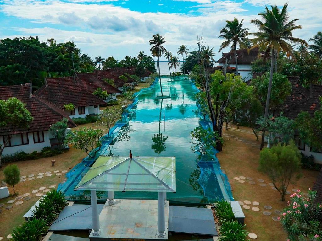 Un resort en India transformó sus lujosas piscinas en criaderos de peces