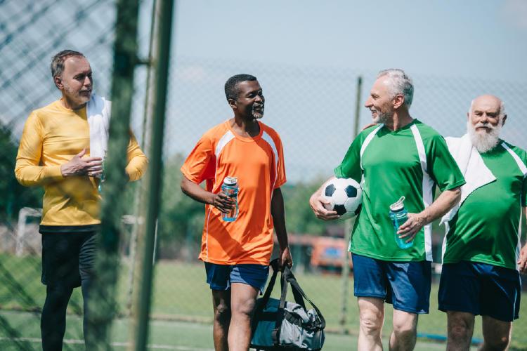ancianos futbol