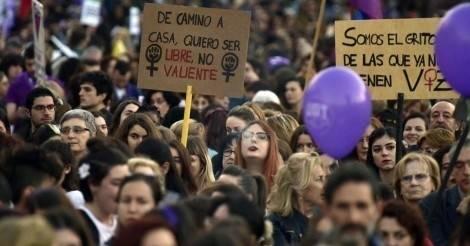 El día de la mujer es un día de lucha: mujeres de todo el mundo pararon y se..