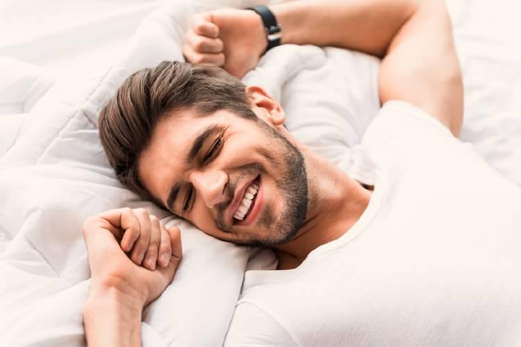 Psicólogos explican los beneficios de que la pareja duerma en camas separadas