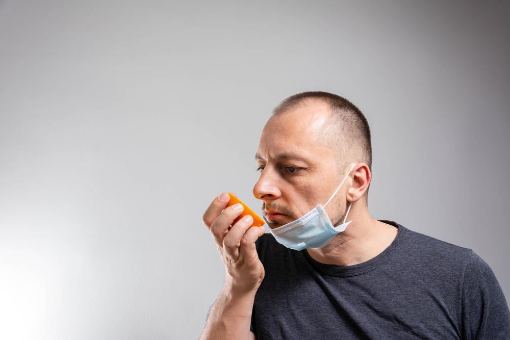 ¿Por qué el COVID-19 nos hace perder el olfato y el gusto?