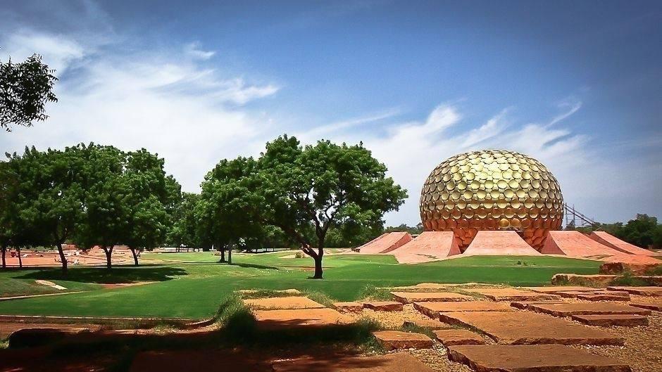 Auroville: una ciudad sin dinero ni política ni religión que parece de otro ..