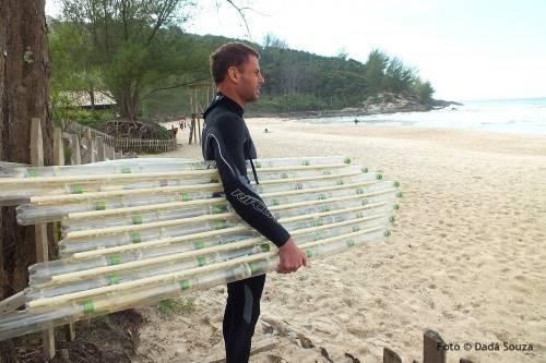 Cómo hacer una tabla de surf con botellas de plástico
