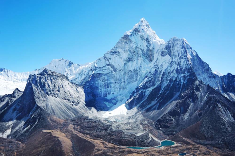 El Monte Everest respira gracias al coronavirus