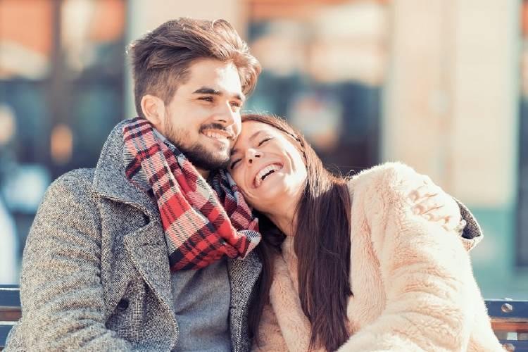 pareja feliz amor