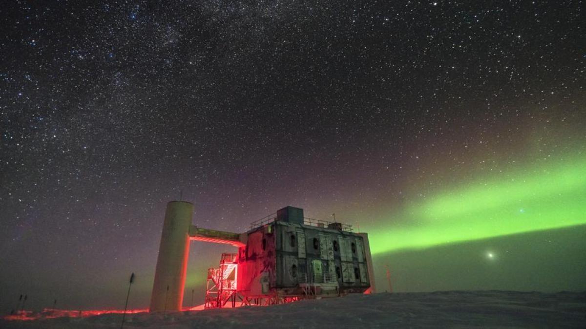 Conoce la teoría de un premio Nobel de hace 60 años que fue comprobada ahora en el subsuelo de la Antártida