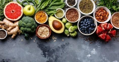 Diez alimentos saludables para tener siempre a mano