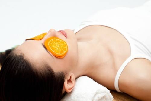 Cómo lucir una piel más joven con estos 9 tratamientos naturales