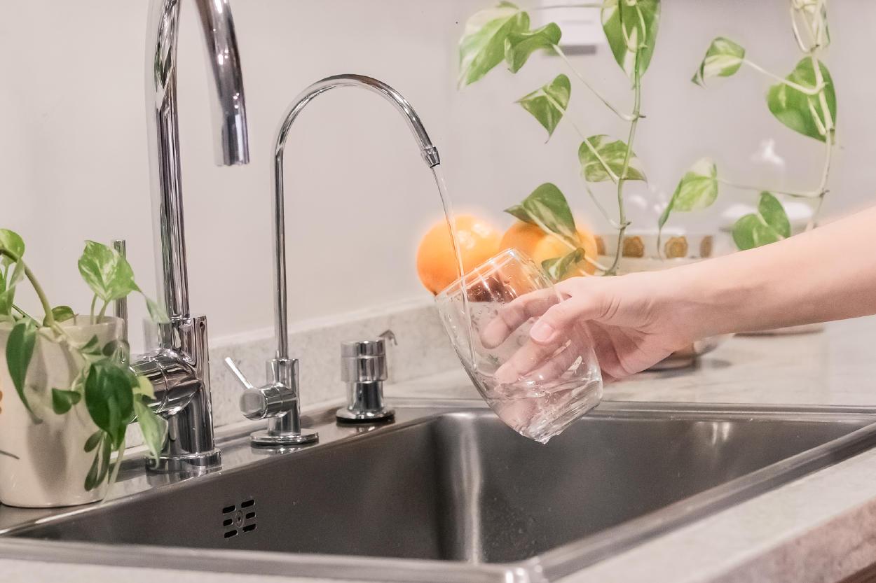 5 ventajas de utilizar un purificador de agua en casa