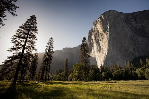 El Parque Nacional de Yosemite cierra debido al humo de los incendios forestales