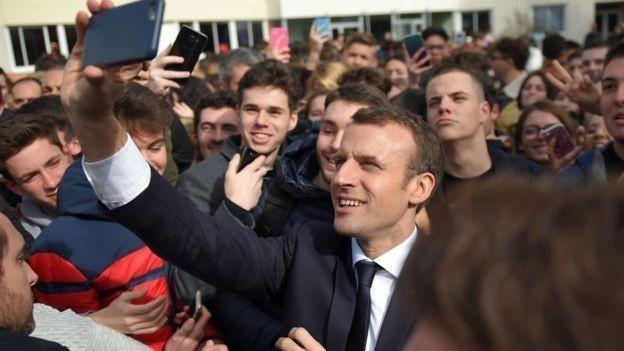 El proyecto de ley fue el resultado de una promesa de campaña hecha por el presidente Emmanuel Macron el año pasado.