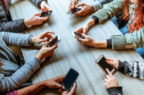 Un documental para repensar tu relación con las redes sociales